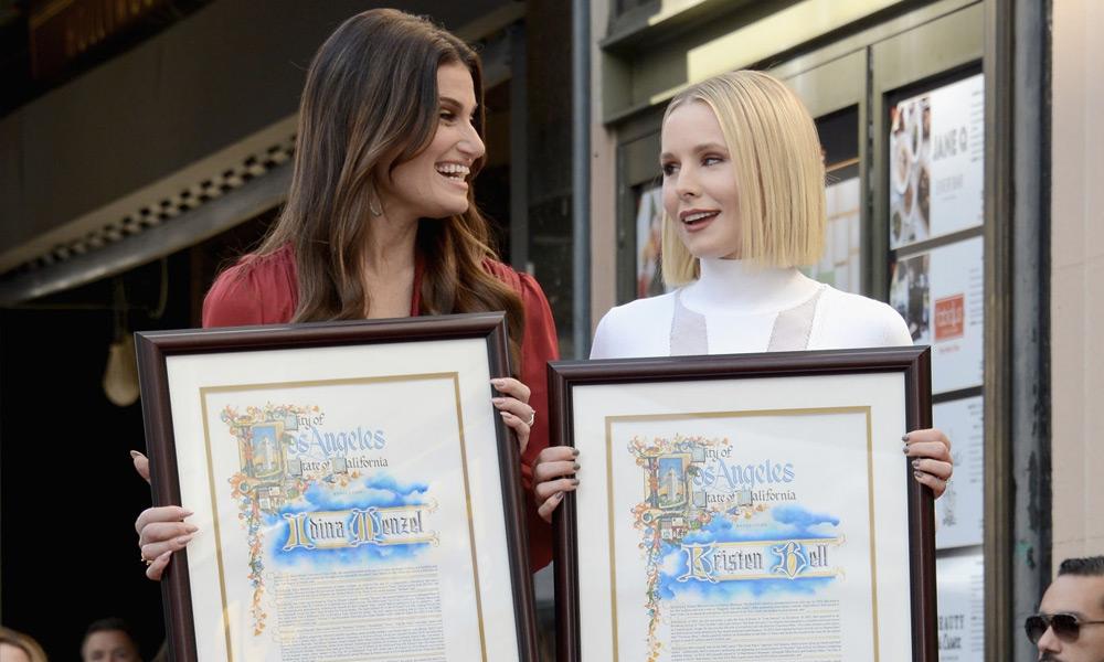 Protagonistas de 'Frozen' recibieron estrella en Hollywood