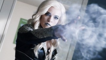 Killer Frost está desapareciendo a Caitlin Snow