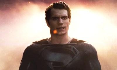 traje negro de Superman de Zack Snyder