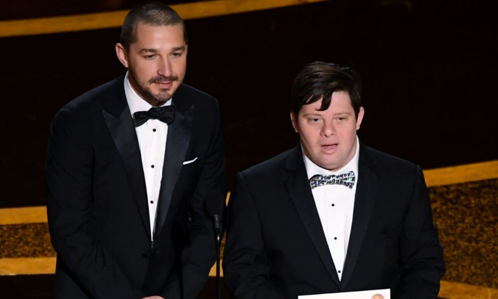 Acusan a Shia LaBeouf por reírse en los Oscar
