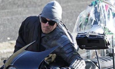 Detalles del Batitraje en nuevas fotos del set de 'The Batman'