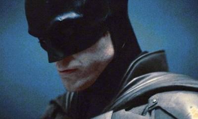 Max y Charlie Carver en 'The Batman'
