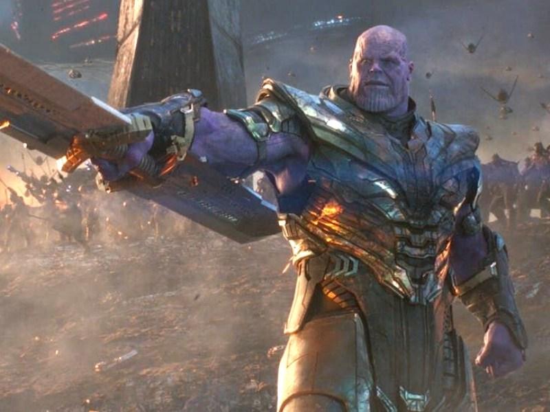 Thanos logró detener el Mjolnir
