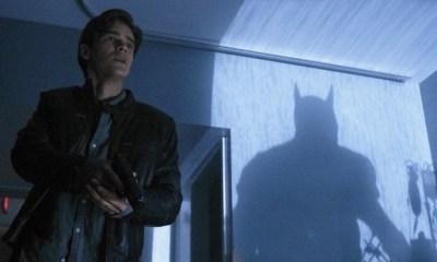 foto del traje de Batman en 'Titans'