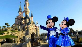 parques de Disney tomarán la temperatura de sus visitantes