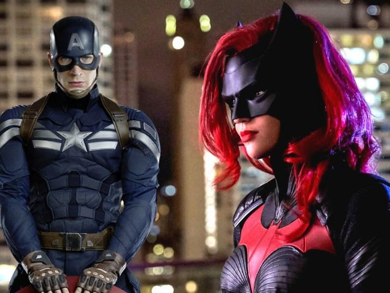 Batwoman le robó una frase a Captain America