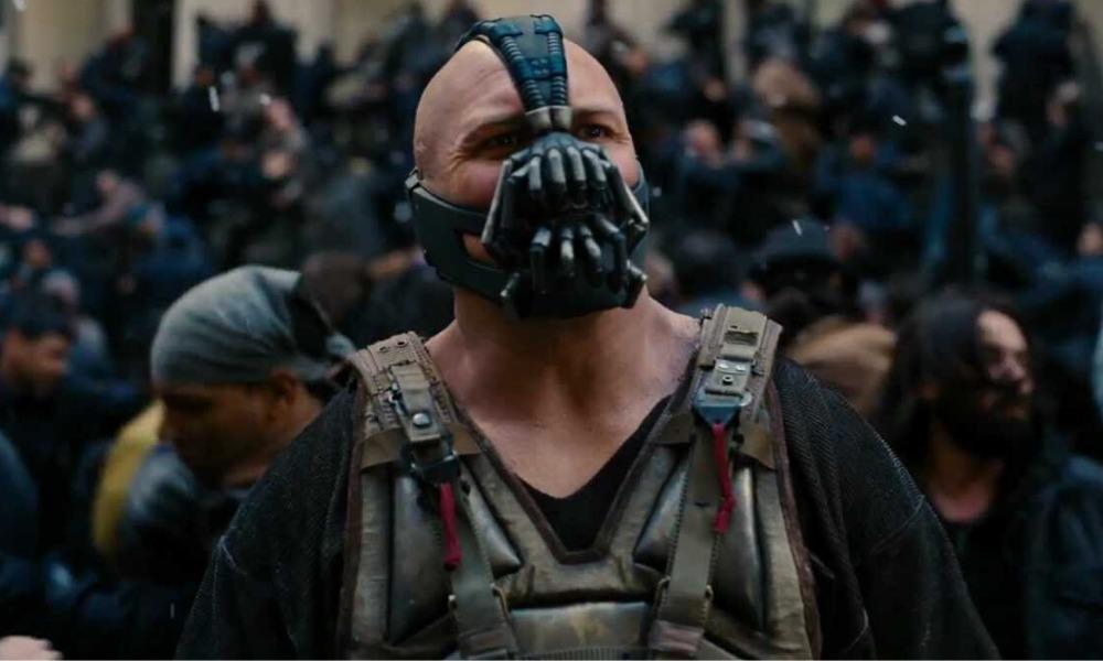 Bane se convirtió en un personaje de Charles Dickens en 'The Dark ...