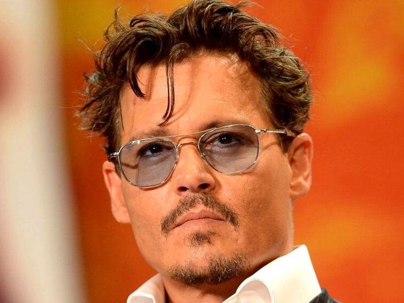 Johnny Depp ocultó mensajes de texto