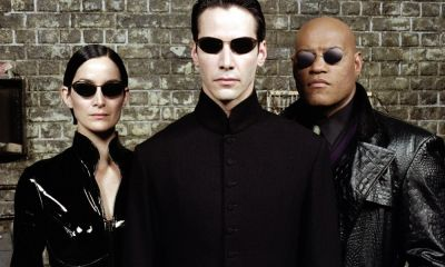 lentes de sol oscuros en The Matrix