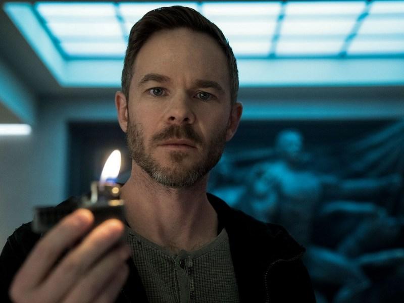 Shawn Ashmore como The Lamplighter