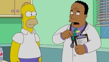 Dr Hibbert tendrá una nueva voz