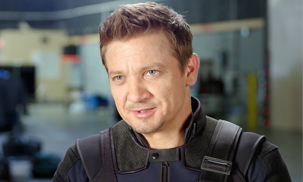 Jeremy Renner se prepara para grabar Hawkeye