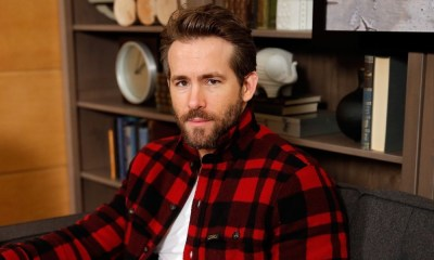 Ryan Reynolds como Johnny Cage