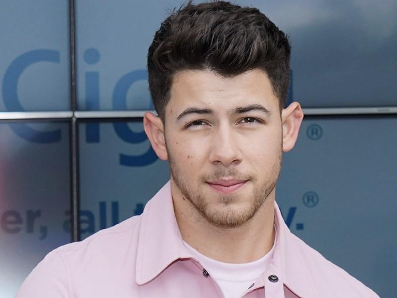 Nick Jonas está hospitalizado