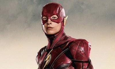 Nuevo traje y logotipo de The Flash