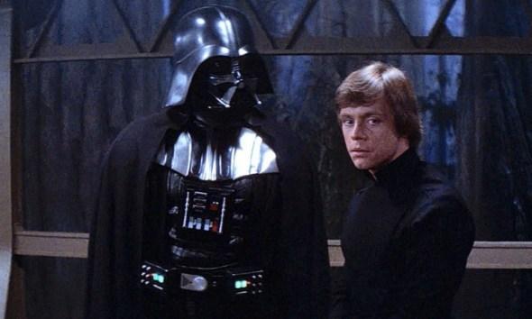 Luke Skywalker vence a Darth Vader