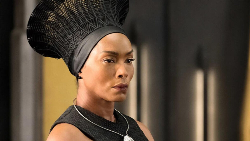 Angela Bassett habló de 'Black Panther 2'