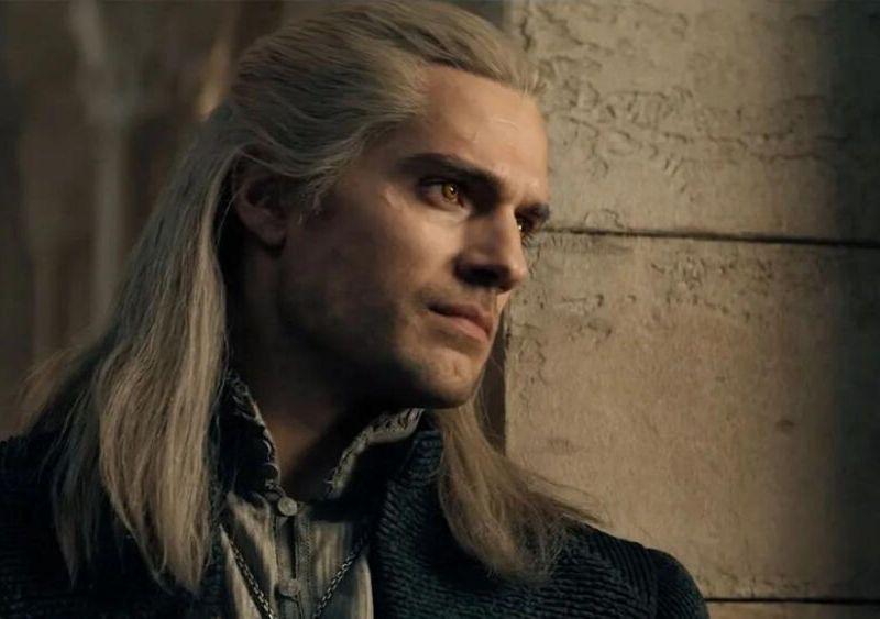 cuánto le paga Netflix a Henry Cavill por 'The Witcher'
