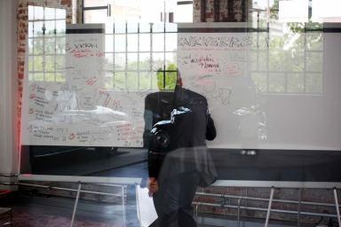 Wolfgang Irber beim Graphic Recording