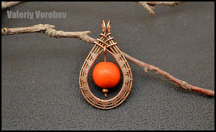 Handmade copper wire jewelry. Wire wrap tutorials. Wire wrapped pendant.