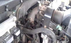 03 Ford Expedition 4.6L Pcv Hose Bad – Youtube