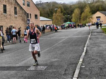 7) Andy looking cool Incline race 2016