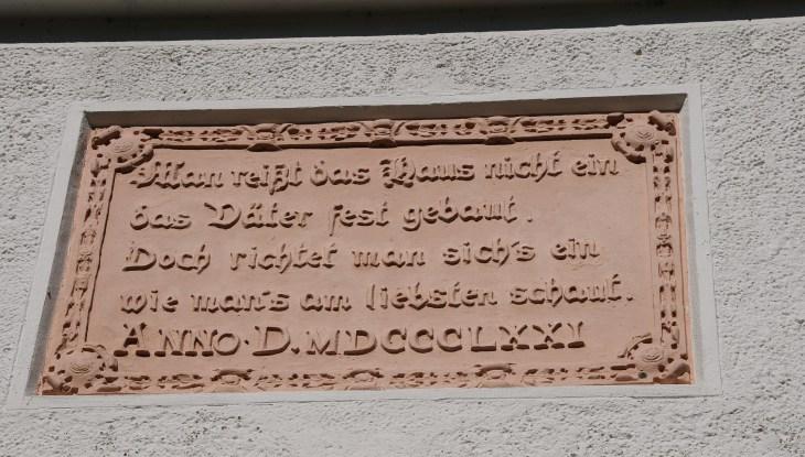 Zwei Gedenktafeln in Streu bei Schaprode enthüllt