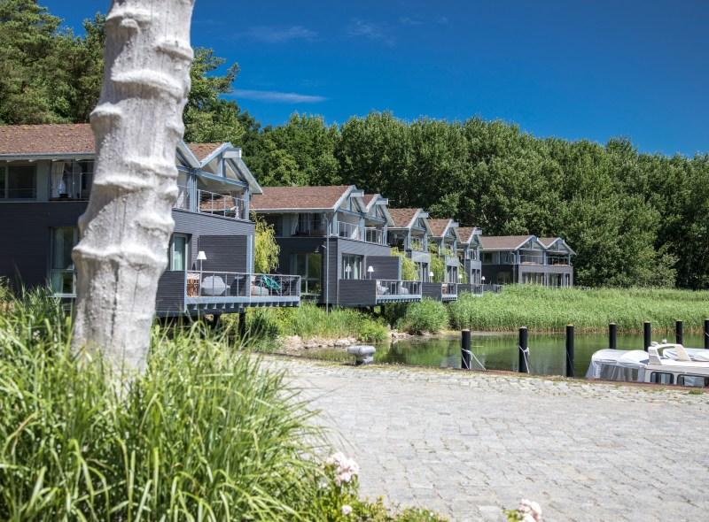 Uferhäuser in Gustow auf Rügen – der Natur so nah