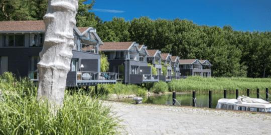 Die Uferhäuser in Gustow