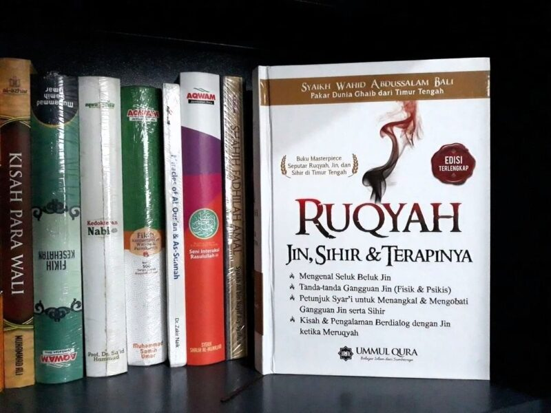 Buku Ruqyah Jin Sihir dan Terapinya Penerbit Ummul Qura