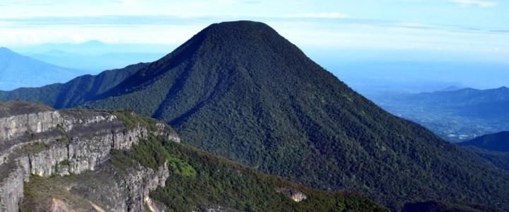 Update Harga Pendakian Gunung Gede Pangrango 2015