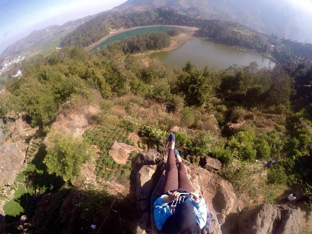 Batu Pandang Dieng via Dessy507