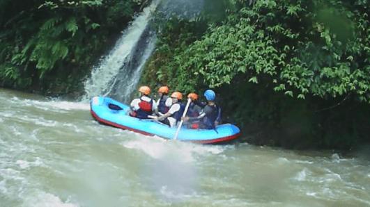 caldera-sungai-citarik-sukabumi-aligator