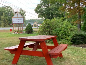 picnic table at wiscasset woods lodge