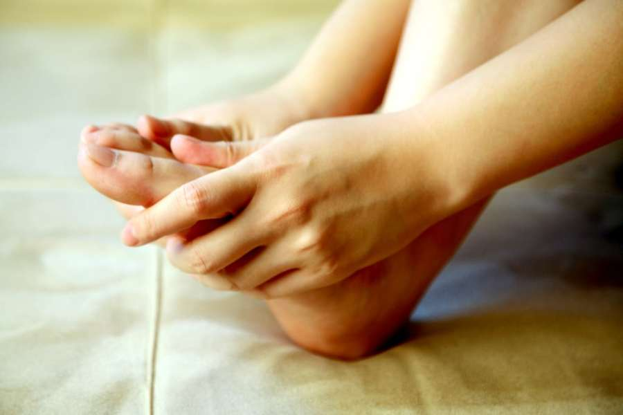how to relieve foot pain with cbd creams