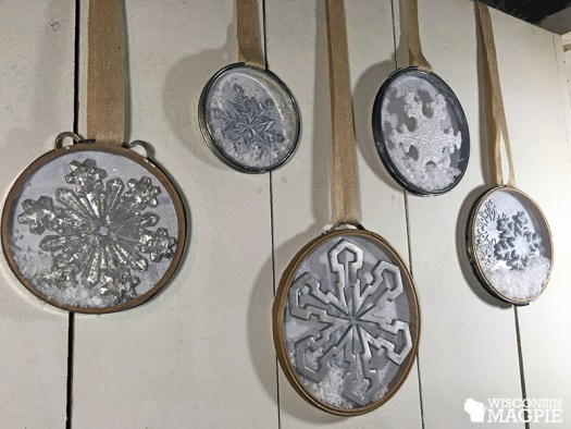 Making flat snow globes out of embroidery hoops by Wisconsin Magpie
