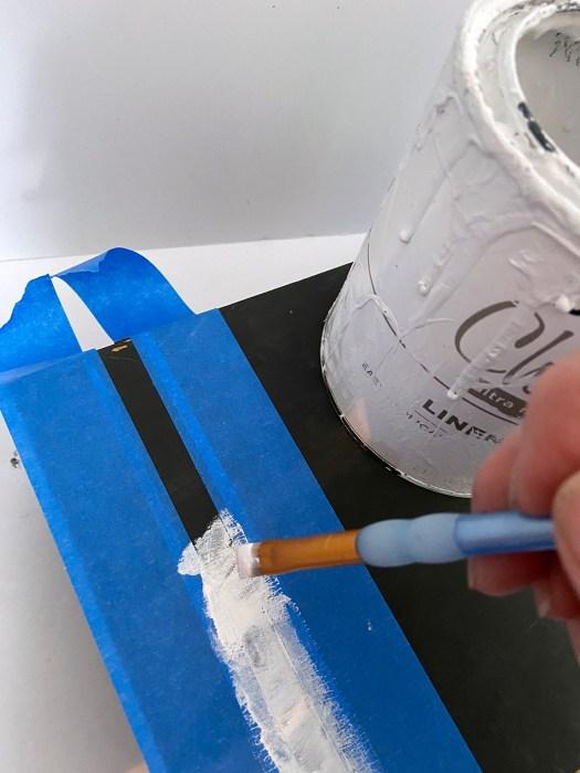 painting grain sack stripes on black thread box