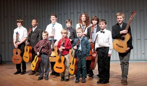 Family Music, Al Fresco: UWM Suzuki and Pre-College Guitar @ Estabrook Park