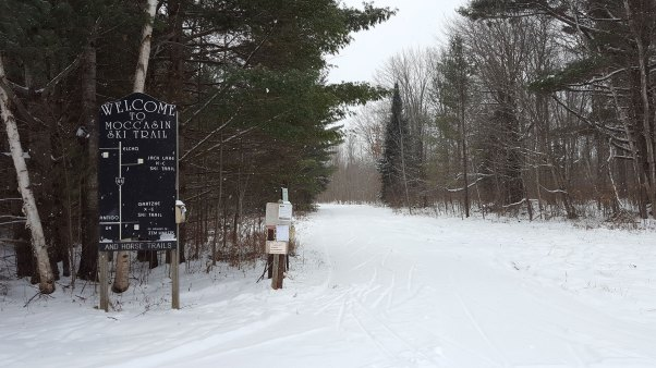Moccasin Lake Ski Trail