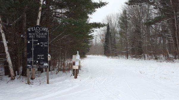 Moccasin Lake Ski Trail