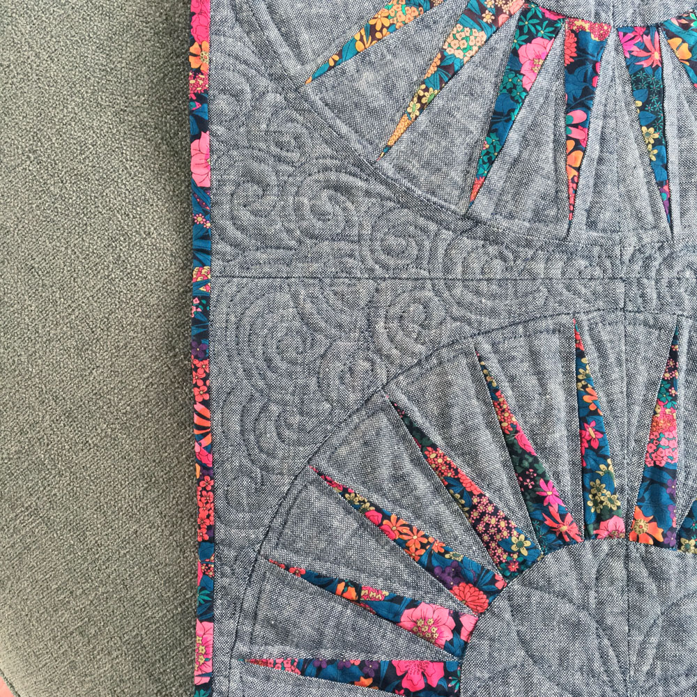 liberty spikes quilt 4