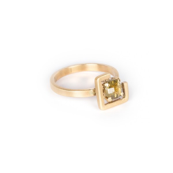 Earth ring greenish yellow zircon set in brushed yellow gold side view 2