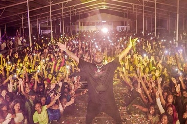 """VIDEO: DAVIDO Shut Down A Sold Out Show In An Unknown Country Named """"SURINAME"""""""