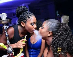 Medical Expert Reveals How 'Shisha Smoking' Can Kill, Causes Lung Cancer, Decreased Fertility