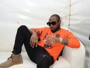 My Dad Sent 50 Armed Policemen To Arrest Me And My Girlfriend During My 1st Show - DAVIDO