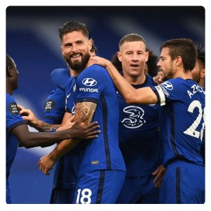 Chelsea players celebrating their winning in Chelsea vs Watford 3-0 match