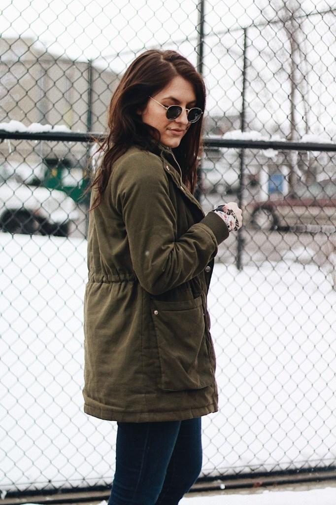 olive green coat round ray bans