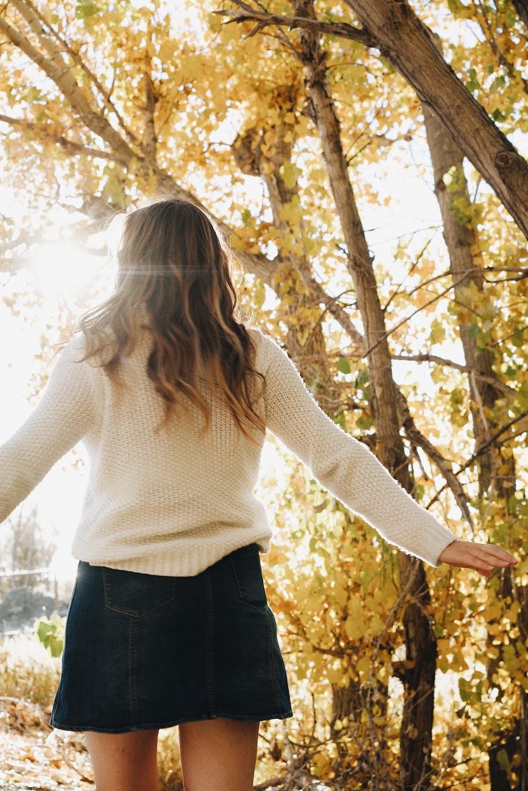 fall outfit photos turtleneck denim skirt