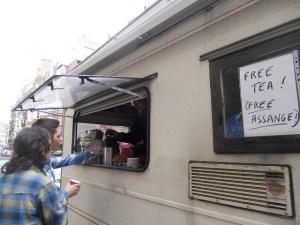 02 free tea free assange