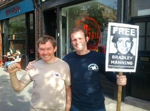 BRAD CALDER vets for peace DSC_0501